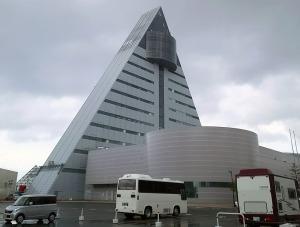 アスパム(観光物産館)